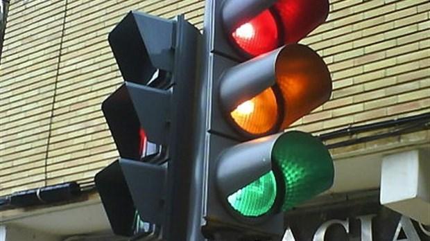 mise en fonction   des feux de circulation sur la route 131  u00e0 lavaltrie