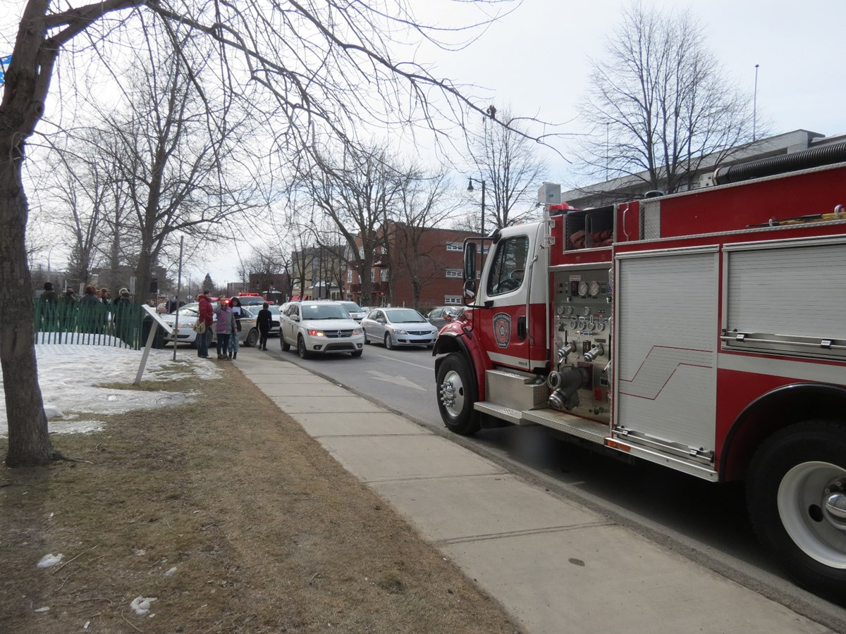 Incendie au c gep la direction fait le point le journal for Cegep jonquiere piscine