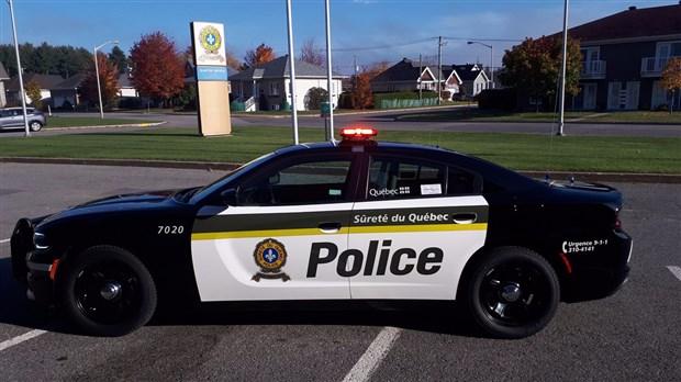 La SQ déploie officiellement les nouveaux véhicules de police noir et blanc